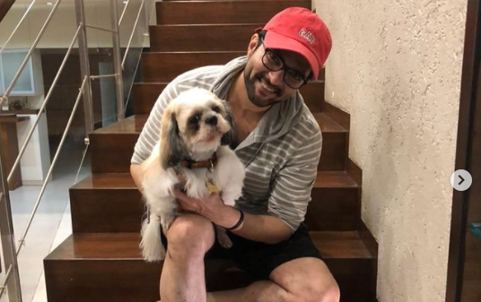 Bigg Boss OTT contestant Raqesh Bapat is happy to be back with his family: Home is where the heart is